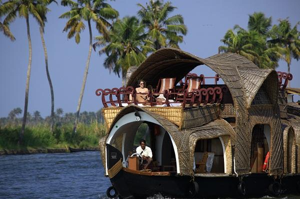 Tamil Nadu and Kerala Backwater Cruise